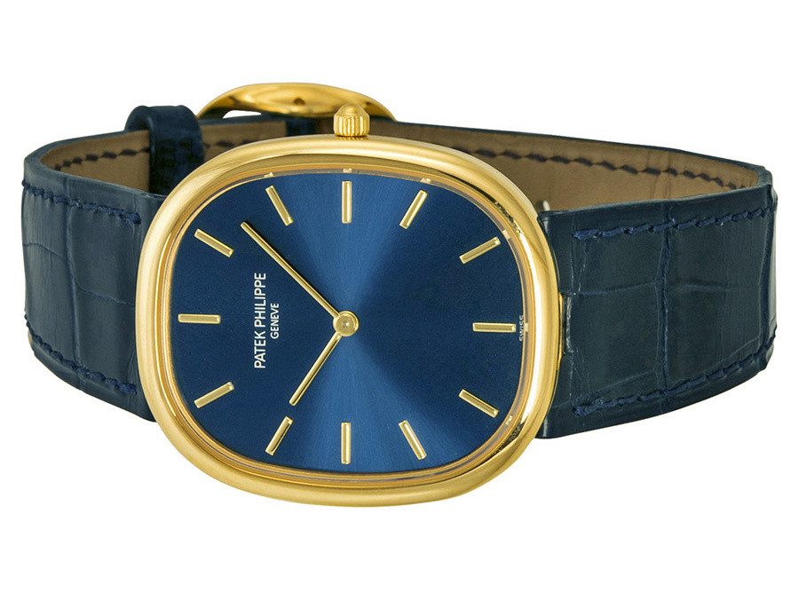 The exquisite copy watches have blue leather straps.